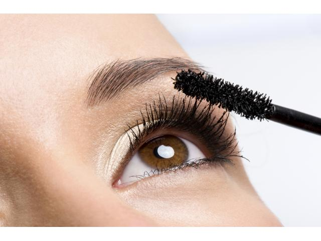 Free  Eyelash Enhancement Treatment + $300!