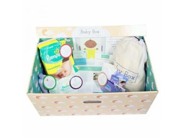 Free box of samples By Everyday Mom Sampling Club!